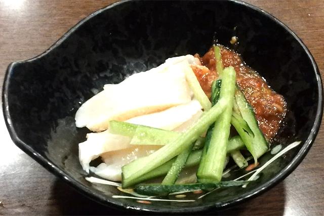 仙台屈指の大衆酒場的居酒屋空間「びっくり」の魚刺