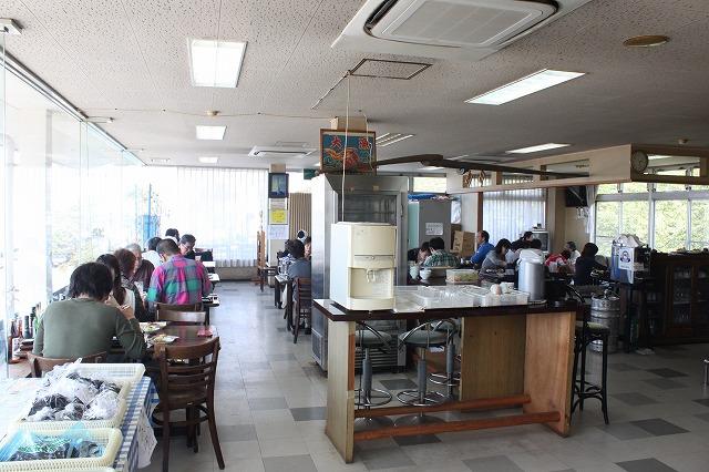 三浦海岸、「レストランKANEDA (かねだ)」の店内です