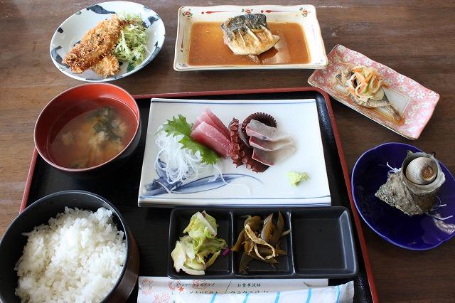 三浦海岸、「レストランKANEDA (かねだ)」のB定食