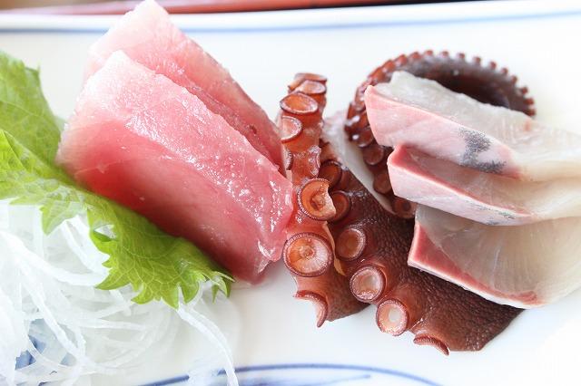 三浦海岸、「レストランKANEDA (かねだ)」の刺身