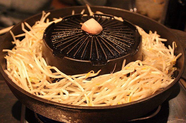 渋谷、「もんごろーや」の鍋