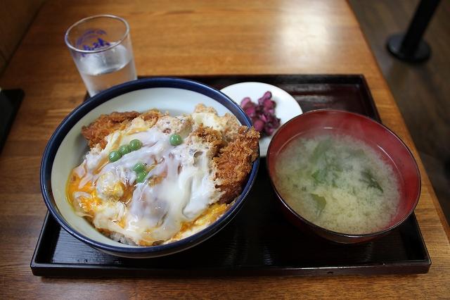 このかつ丼を食べたかったんだ!の西荻窪「坂本屋」のカツ丼