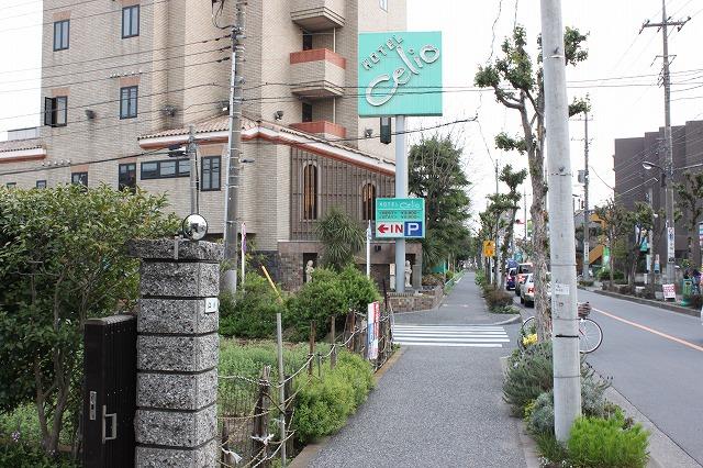 西新井大師、「もんじゃサクライ」のラブなホテル