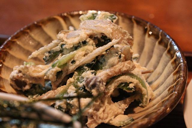代田橋、「しゃけ小島」の上しゃけ定食といくら丼、ゴーヤ小鉢