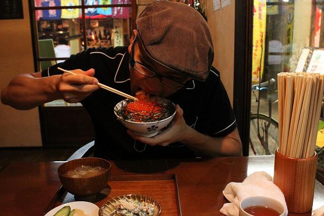 代田橋、「しゃけ小島」の上しゃけ定食といくら丼、がっつくssカブ