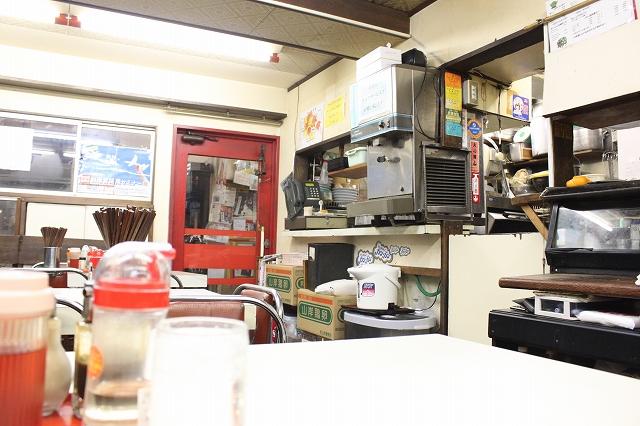 高円寺たぶちの店内