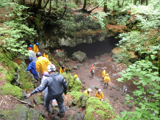 そうだ、富士樹海で洞窟探検しよう-リアルFFダンジョン「富士風穴」を冒険してきた編-