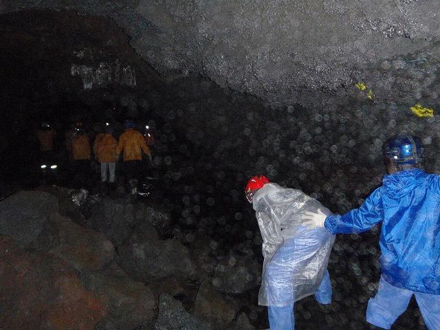 そうだ、富士樹海で洞窟探検しよう-まもなくゴール