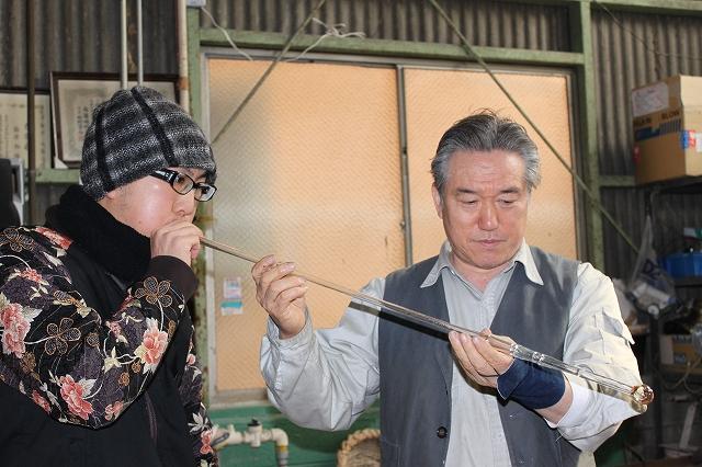 篠原風鈴本舗にて手作り風鈴体験