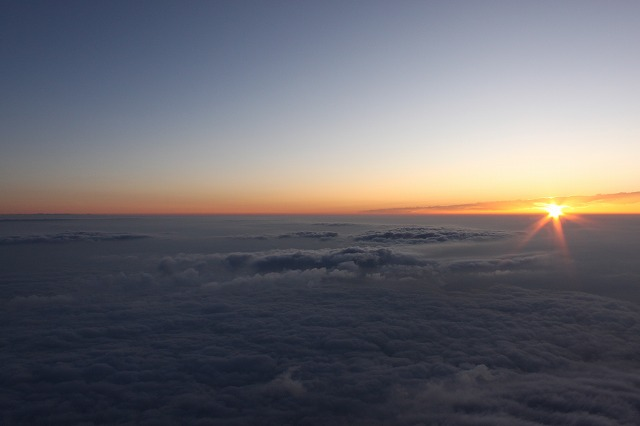 そうだ、富士山を登ろう-太陽すごい