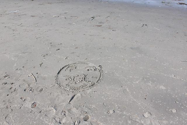 三浦海岸、「XJAPAN hideのお墓参り」アンパンマン