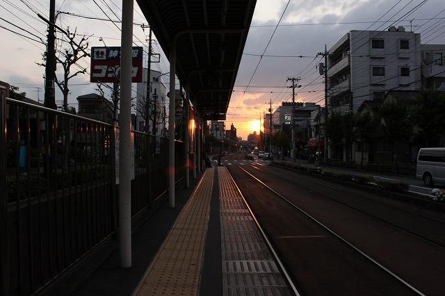 西新井大師、「駄菓子屋もんじゃ」に出会う旅、夕焼けが綺麗