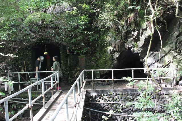 登山者数世界一、「高尾山」の自然研究路6号路を歩いてきた。_0180.jpg